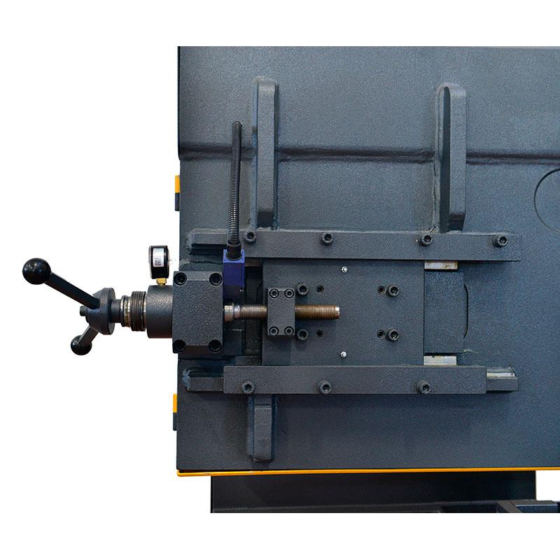 Ленточнопильный станок Beka-Mak BMSO 440