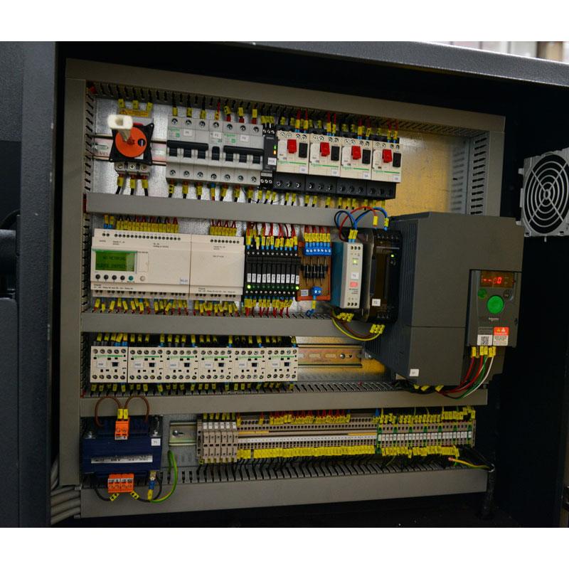 Ленточнопильный станок Beka-Mak BMSO 820C